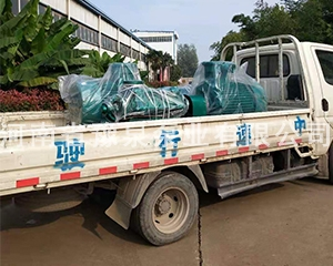 河南新鄉離心泵發貨現場